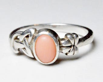 Vintage Sterling Silver Pink Gemstone Irish Hallmarked Clover and Celtic Knot Band Size 8