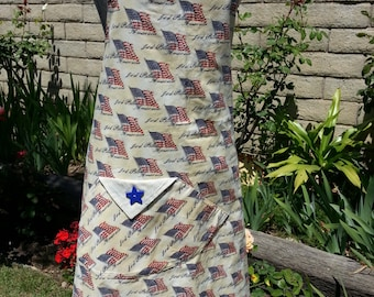 e7dc001d569 Adult Apron Antique American Flags God Bless American USA Handmade Flag Day  Labor Memorial Veterans Arvilla Ruby Red White Blue