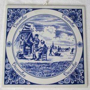 Cast Iron Teapot Trivet Ceramic Tile Souvenir of Canada Coat of Arms Canadian
