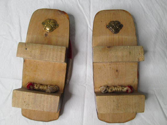 Japanese Wooden Lacquer Geisha Sandals Shoes 1940… - image 4
