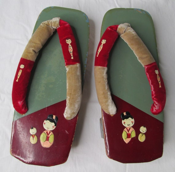 Japanese Wooden Lacquer Geisha Sandals Shoes 1940… - image 1
