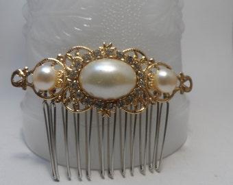 bridal comb gold pearl comb bridal comb wedding comb Filigree comb wedding comb Bridal accessories hair accessories wedding accessories