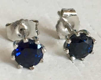 Blue Sapphire Platinum Earrings Eight Prong Mounting