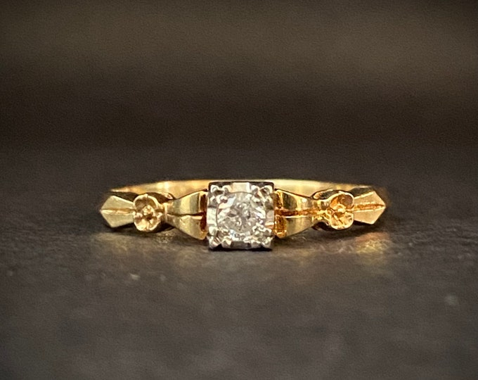 Flower Detail Vintage Solitaire Diamond Engagement Ring- 14k Yellow Gold  and Palladium Ring