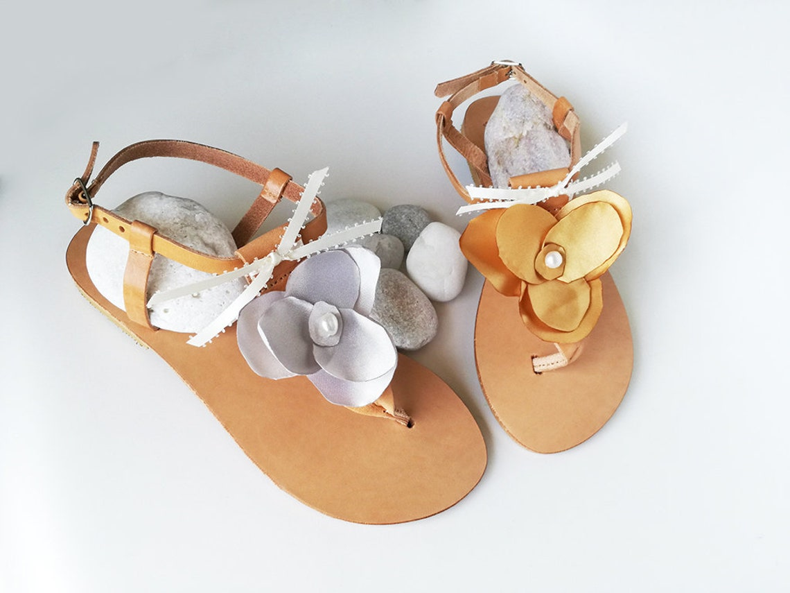 Silver Bridal Sandals, Wedding Party Flats, Floral Sandals, Bridesmaid Sandals, Silver Pearl Sandals , Greek Leather Sandals, T-bar Sandals
