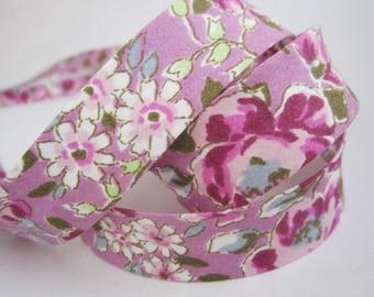 3.25yds / 3m - 18mm floral bias binding - pink flowers on purple violet