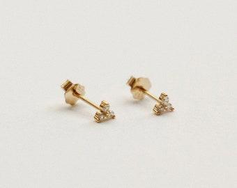 Flower Cubic Zirconia Stud Earrings - Small Stud Earrings - Dainty Everyday Earrings - 14k Gold Stud Earrings - Cute Delicate Stud Earrings