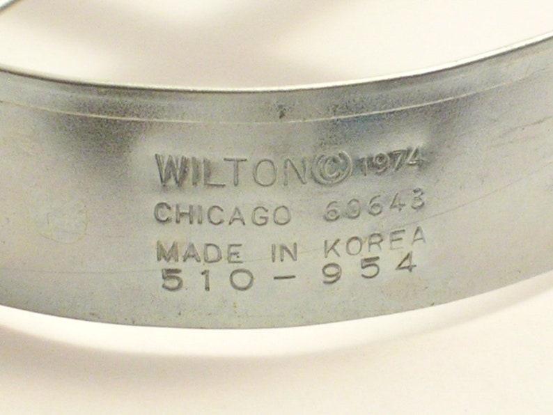 marked Wilton 1974 Vintage Wilton Oversized angel metal cookie ...