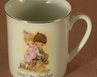 Precious Moments 1980 Cup Titled Love One Another Enesco Made in Japan