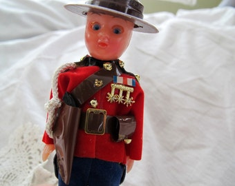 Vintage mountie doll   Dress uniform RCMP doll   Canadian mounted police  doll 98a2682ce17e