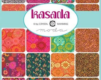 Crystal Manning for Moda /'Kasada/' 100/% Cotton Fabric by the 14 Metre* PeacocksPaisleyFlowersFloralMothsAnimal Print Pink /& Blue