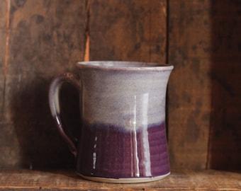 Becher in Purple Haze von Dorf-Keramik Prince-Edward-Insel PEI