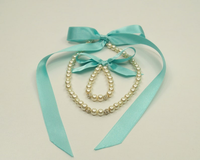 Flover girl jewelryMint green Flower girl jewelry set pearl necklace and braceletFlower girl giftWedding jewelryChildren jewelry