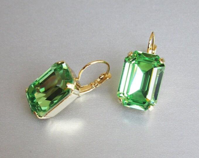 Green peridot Swarovski crystal emerald bridal earrings, Emerald Swarovski earrings, Bridesmaids drop earrings in gold, silver, rose gold