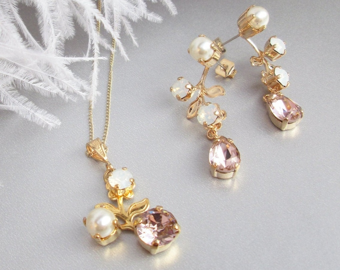Bridal Swarovski jewelry set, Vintage style crystal and pearl earrings, Floral drop earrings in gold, silver, rose gold, Opal and pale pink