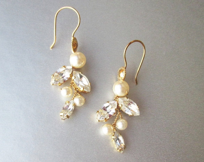 Bridal crystal and pearl earrings, Swarovski crystal earrings, Rhinestone Leaf vine earrings, Bridesmaids drop earrings in gold, silver