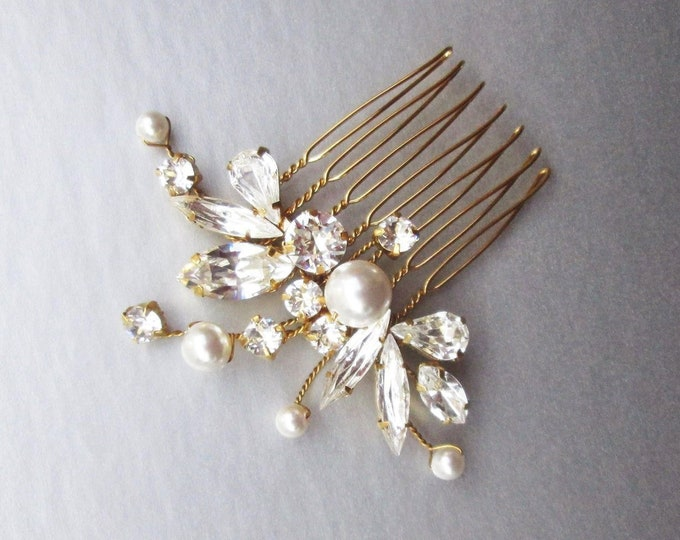 Swarovski crystal and pearl bridal hair comb, Swarovski bridal comb, Rhinestone wedding hair comb, Small bridal hair comb hair vine