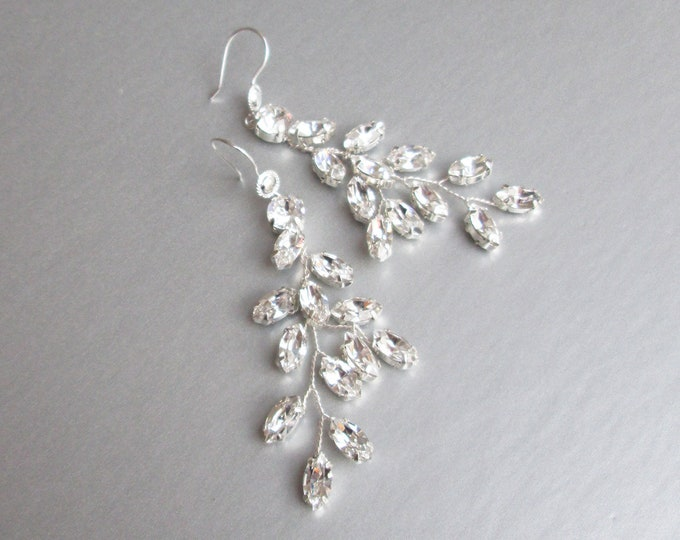 Bridal crystal earrings, Sparkly crystal earrings, Bridal leaf earrings, Swarovski earrings, Wedding crystal earrings, Rhinestone earrings