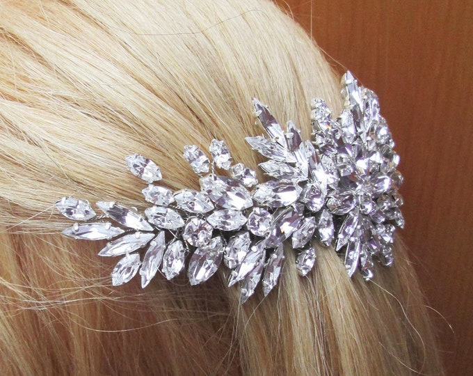 Swarovski crystal hair vine, Bridal comb, Wedding hair Swarovski hair vine, Leaves crystal hair vine, Bridal headpiece, Swarovski hair comb