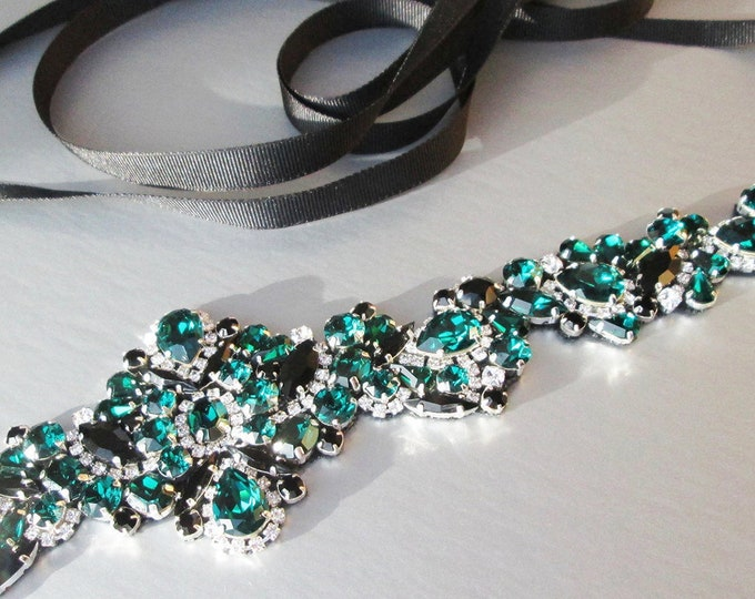 Emerald Swarovski crystal bridal belt, Black green belt in silver or gold, Wedding belt, Waist sash, Swarovski jet black Rhinestone belt