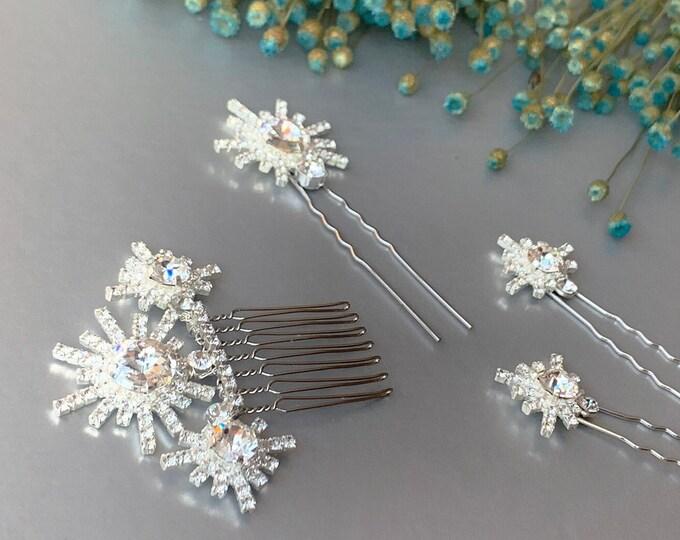Snowflakes Swarovski crystal hair pins, Crystal hair combs, Wedding hair pins, Stars Swarovski crystal clip, Sparkly bridal spray pins combs