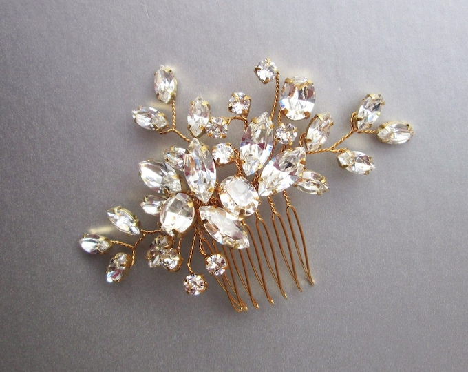 Swarovski crystal bridal hair comb, Wedding hair comb, Swarovski bridal comb, Rhinestone bridal comb, Wedding hair vine, Small bridal comb