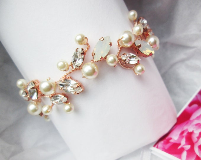 Rose gold Swarovski crystal opal and pearl bridal bracelet, Delicate Swarovski opal bracelet, Wedding jewelry gold, silver, rose gold