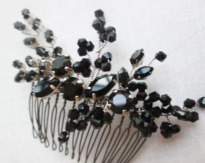 Black Swarovski crystal hair comb, Wedding hair comb, Swarovski black comb, Bridesmaids, Wedding party hair, Mother of the bride hair comb