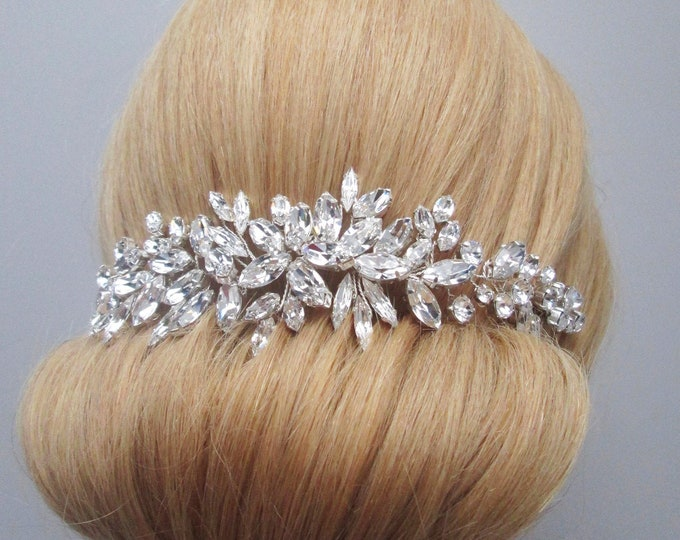 Swarovski crystal hair vine, Bridal comb, Wedding hair Swarovski hair vine, Leaves crystal hair vine, Bridal headpiece, Swarovski hair comb