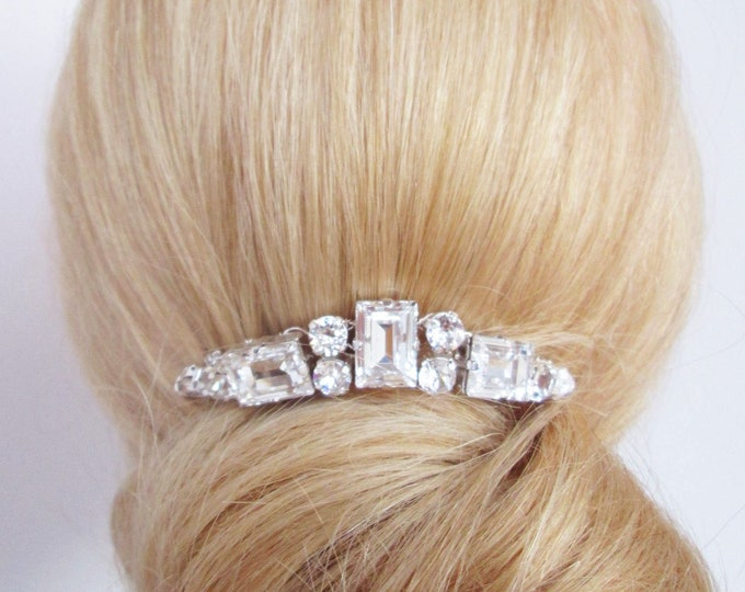 Swarovski crystal bridal hair comb, Wedding hair comb, Swarovski bridal comb, Rhinestone bridal comb, Wedding hair clip, Small bridal comb