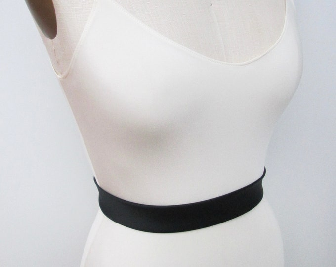 Black Silk satin inch and a half wide belt, Couture fitted bridal belt, Bridal Sash with button closure, Clasp wedding belt in Duchess satin