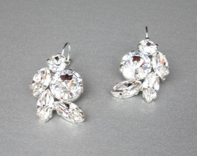 Bridal crystal earrings, Swarovski crystal bridal earrings, Swarovski earrings, Rhinestone earrings in gold or silver, Wedding earrings