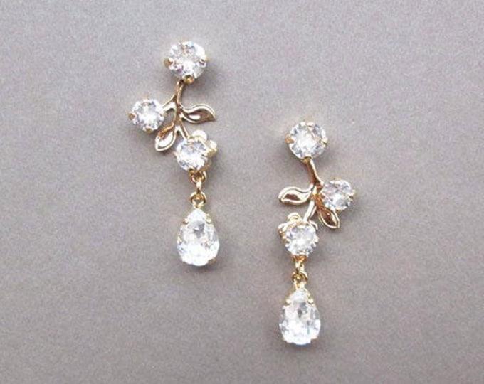 Bridal Swarovski earrings, Vintage style crystal earrings, Rhinestone earrings, Wedding floral drop earrings in gold, silver, rose gold