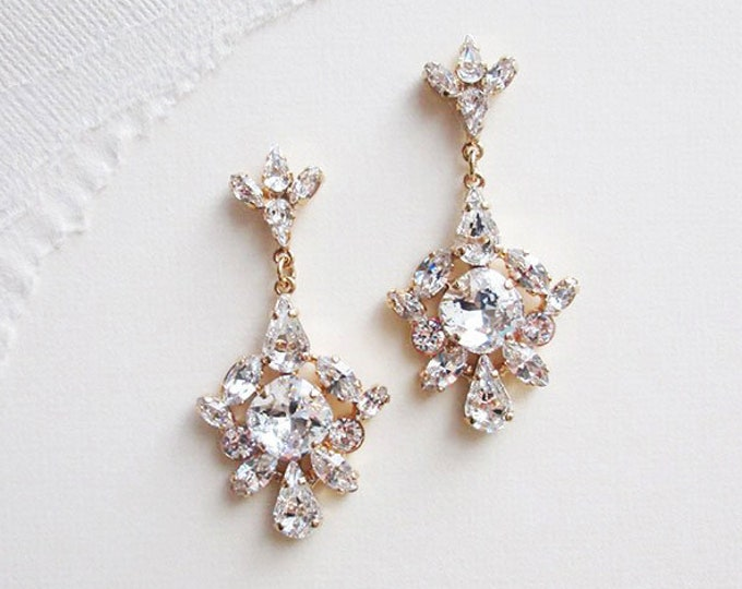 Bridal Swarovski crystal earrings, Chandelier bridal earrings, Swarovski earrings, Wedding dangling earrings, Gold Rhinestone drop earrings