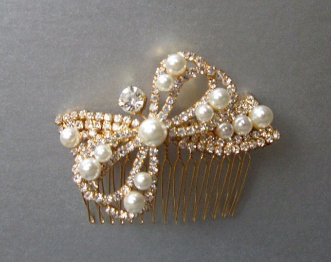 Pearl and crystal bridal hair comb in gold or silver, Rhinestone and pearl comb, Bridal bow comb in gold or silver