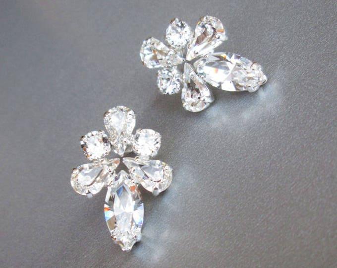 Bridal crystal earrings, Swarovski crystal bridal earrings, Swarovski stud earrings,  Bridal rhinestone earrings in gold, silver, rose gold