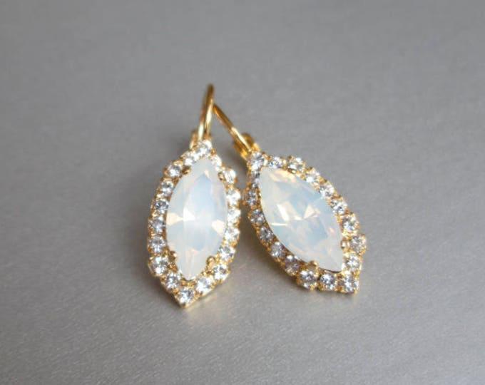 Marquise Opal bridal crystal earrings, Swarovski earrings, White opal Swarovski earrings, Wedding earrings in gold, silver, rose gold