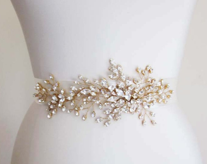 Exquisite bridal belt sash, Bridal Swarovski crystal belt sash, Wedding crystal belt, Swarovski crystal floral belt, Gold or silver belt