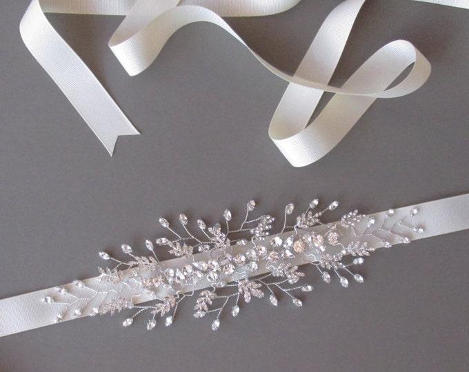 Bridal crystal belt sash, Swarovski bridal belt in gold or silver, Rhinestone wedding belt sash, Waist sash beaded rhinestone belt