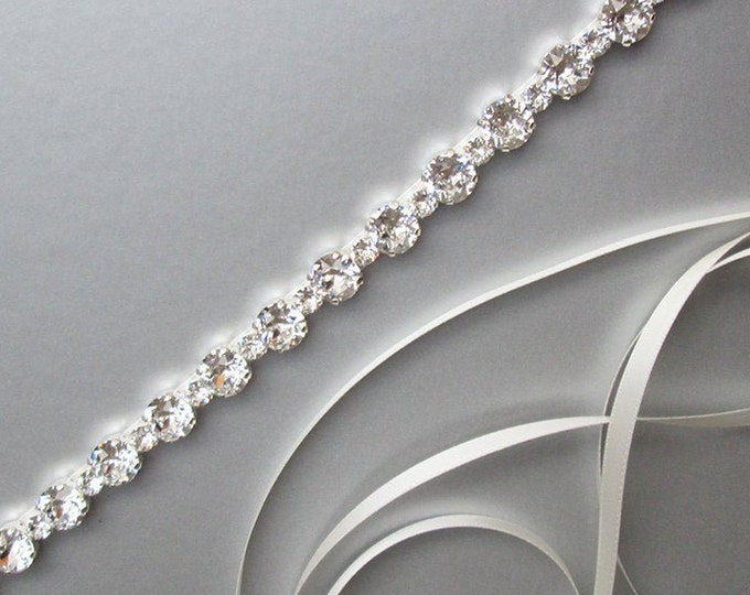 Xirius Chaton bridal belt, Bridal belt sash, Simple bridal belt, Swarovski crystal wedding belt, Rhinestone belt in gold, silver