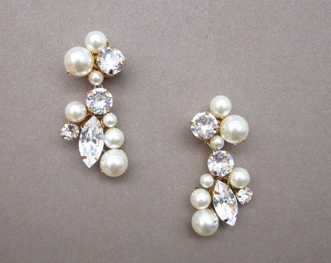Bridal crystal earrings, Swarovski crystal bridal earrings, Swarovski earrings,  Bridal rhinestone earrings in gold or silver