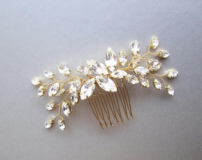 Swarovski crystal hair comb, Bridal crystal hair comb, Rhinestone bridal comb, Sparkly bridal headpiece, Wedding hair comb, Bridal comb