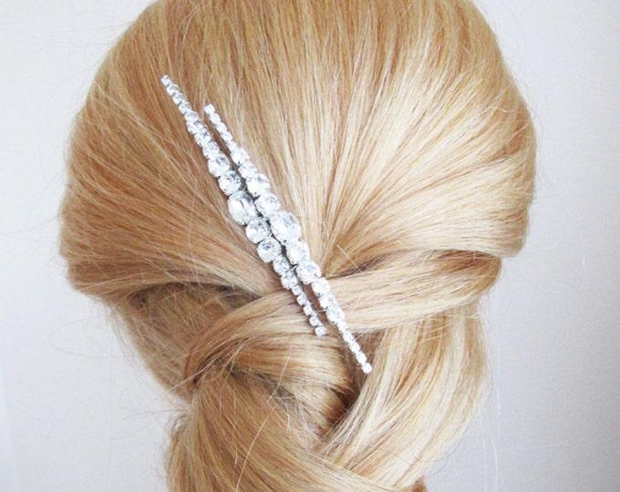 Swarovski crystal hair comb, Bridal hair comb, Crystal hair comb, Sparkly bridal headpiece, Wedding hair comb, Rhinestone bridal comb