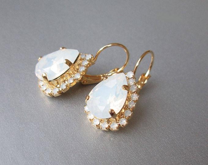 Opal gold bridal earrings, Swarovski crystal white opal bridal earrings, Drop earrings, White opal earrings in gold, silver, rose gold