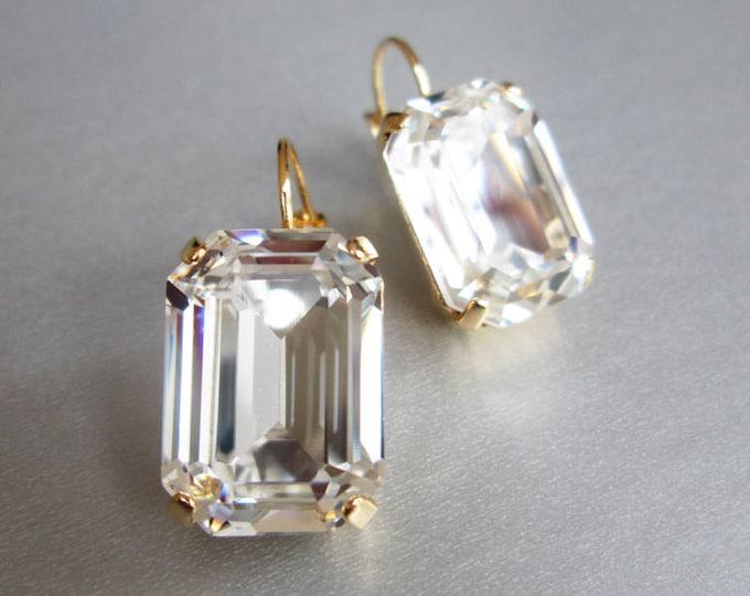 Swarovski crystal bridal earrings, Emerald Swarovski drop earrings, Rhinestone earrings in gold or silver, Drop earrings, Wedding earrings