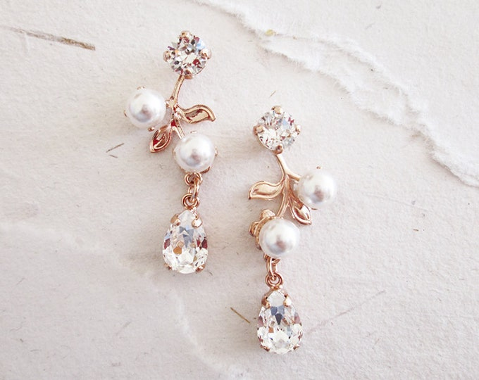 Bridal Swarovski earrings, Vintage style crystal and pearl earrings, Wedding floral drop earrings in gold, silver, rose gold