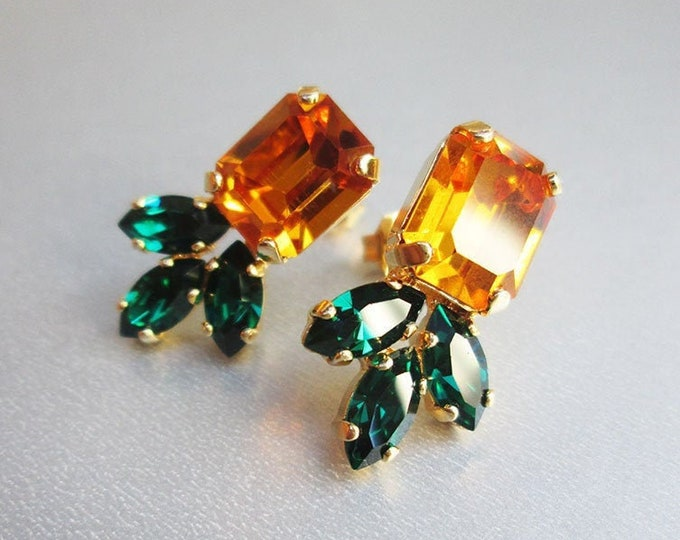 Topaz Swarovski crystal studs, Emerald Swarovski earrings, Dainty yellow green stud earrings in gold silver, rose, Wedding party bridesmaids