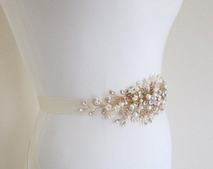 Bridal pearl crystal gold belt, Bridal Swarovski crystal belt sash, Wedding crystal belt, Crystal and pearl bridal floral belt, Gold belt