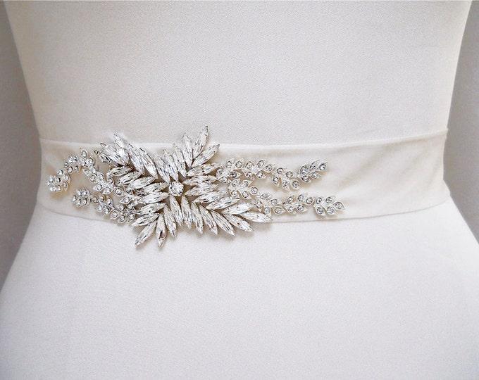Swarovski cystal sash belt, Bridal belt sash, Crystal sash, Beaded Crystal Rhinestone Sash, Ribbon sash, Rhinestone belt, Crystal waist sash
