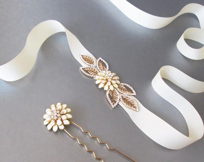 Bridal crystal belt and hair pin set, Wedding belt set, Bridal crystal belt and hair pin set in gold, Rhinestone wedding dress sash ivory